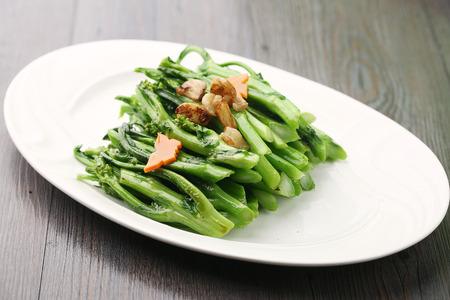 cuisines: saute fried vegetables