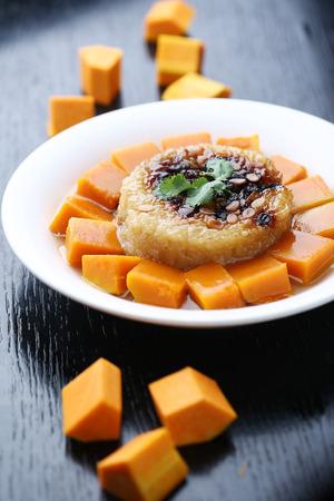 batata: la patata dulce con arroz glutinoso Foto de archivo