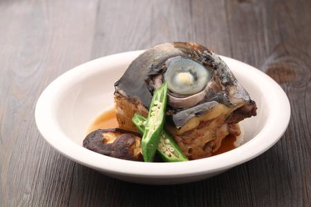 fish head: fried fish head