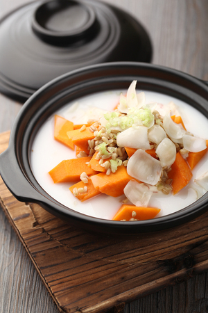 chinese cuisine: Chinese cuisine served in a bowl