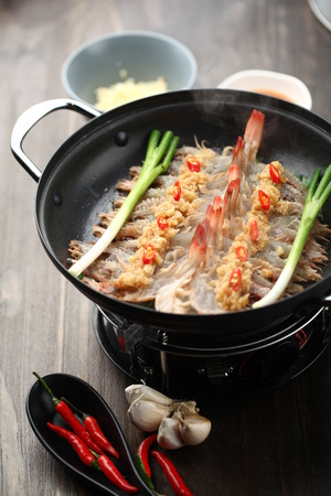 wok: Chinese cuisine cooked in a wok