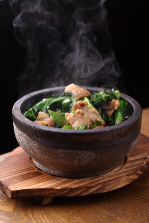 clay pot: Meat and vegetable served in a clay pot