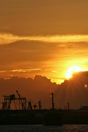 industrieel: Sunset at Chaopraya river