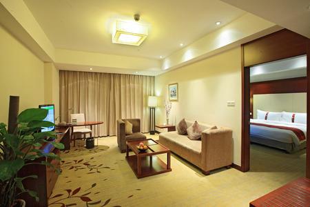 alumnos en clase: Hotel dormitorio Interior  Editorial