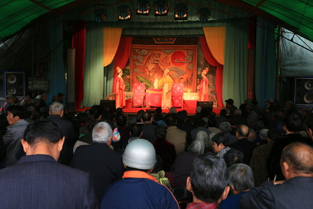 only senior men: Chinese opera performers performing at the Yinjiang temple