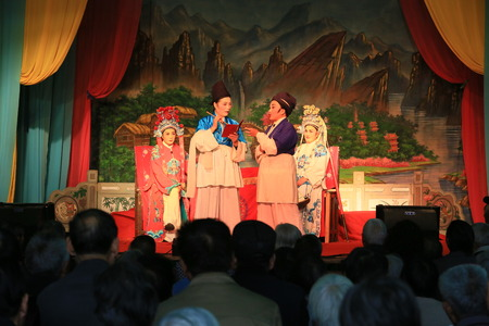 chinese opera: Chinese opera performers performing at the Yinjiang temple