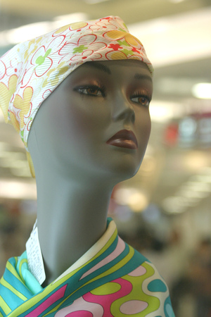 mannequin head: Female mannequin head