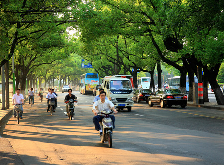 incidental people: View of the street in the Changchun Road