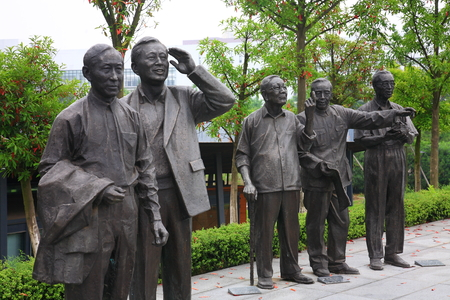 higher education: Human statues in Yinzhou Higher Education Park