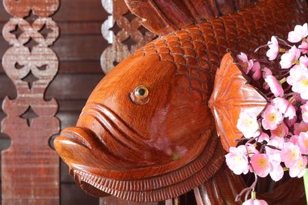 carve: wood fish carve