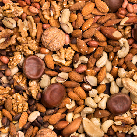 Square background of different kinds of nuts 版權商用圖片 - 39345004