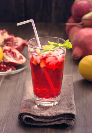 pomegranate juice: Pomegranate with lemon and ice Refreshing drink