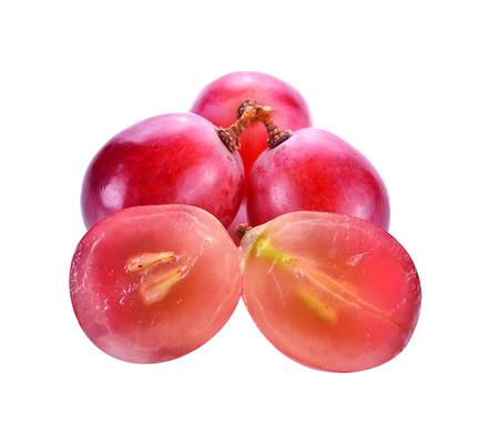 uva roja aislado en blanco  Foto de archivo
