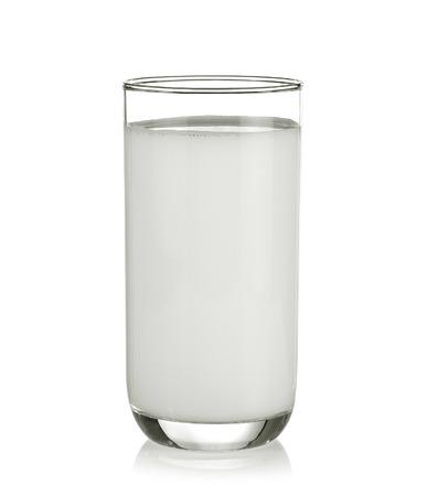 Lait en verre isolé sur fond blanc Banque d'images - 42954662