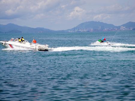 speed boat: Speed boat