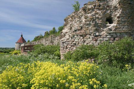 Oreshek castillos, ruinas de la Edad Media, Rusia, cerca de Saint-Petersburg Foto de archivo - 2361721