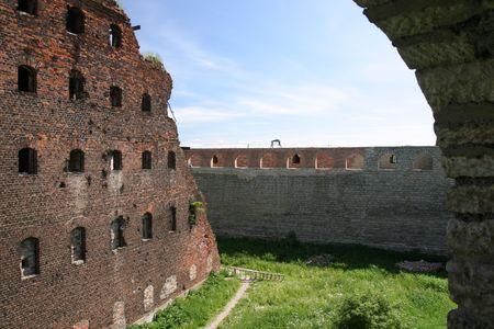 medioevo: Castello di Oreshek, Medioevo le rovine, Russia, vicino a San Pietroburgo