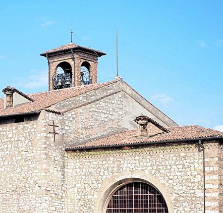 Chiesa medievale in Brescia, Italia. 15 ° secolo.