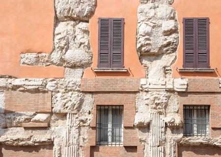 Resti della basilica romana di Brescia, 69-96 dC. Archivio Fotografico