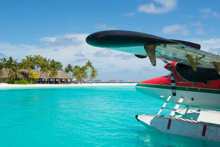 フロート付き水上飛行機、モルディブ 写真素材