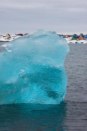 Crystal clear iceberg, Disko bay, Greenland Imagens