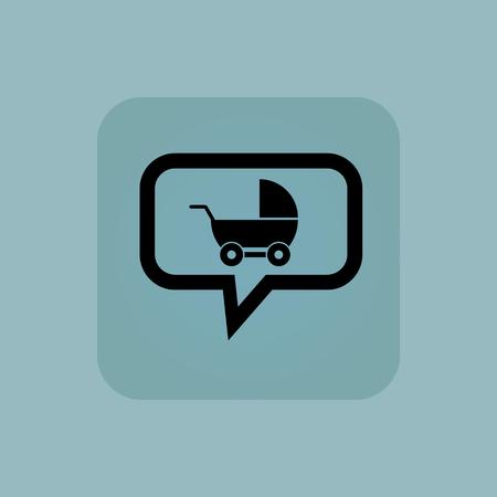 perambulator: Perambulator in bolla di chat, in piazza, su sfondo blu pallido,