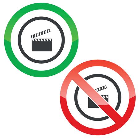 cinematograph: Permitido y prohibido signos con claqueta en c�rculo, aislado en blanco