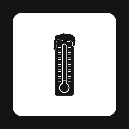 low temperature: Thermometer with low temperature icon in simple style isolated on white background. Measurement symbol