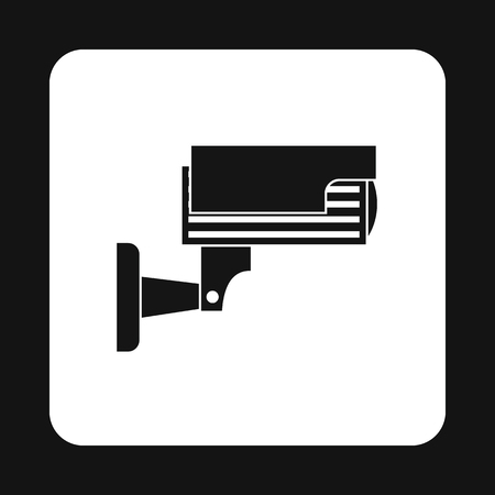 prevalence: Surveillance camera icon in simple style isolated on white background. Shooting symbol