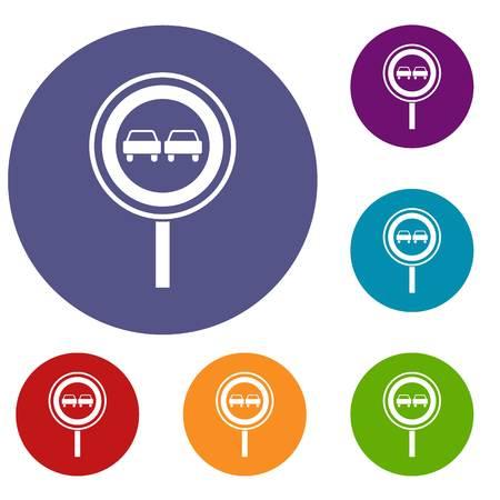 No overtaking sign icons set. Vector illustration. Vettoriali