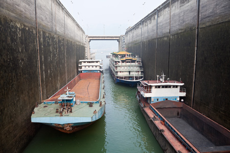 gorges: Ships rising in the lock at Three Gorges Dam, China