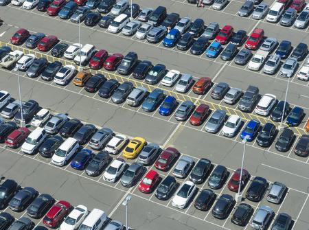 Vista aérea del aparcamiento Editorial