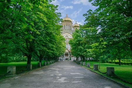 Catedral al aire libre en Liepaja, Letonia. 2017 Karaosta Foto de archivo - 83875380