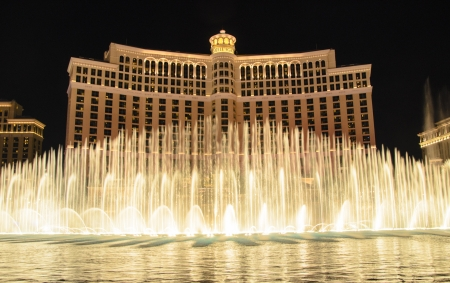 Las Vegas, Nevada - January 3, 2013: The fountain at the Bellagio Hotel in Las Vegas 版權商用圖片 - 17713102