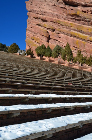 Red Rocks Park and Amphitheater in Morrison, Colorado Imagens - 25996375