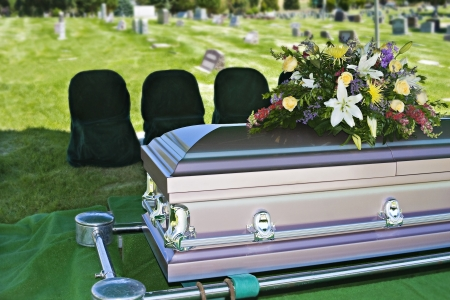 trumna: Funeral Casket