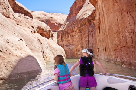 discovering: Discovering Beautiful Southwest USA Colorado River