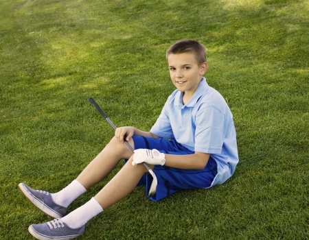 inexperienced: Young Teenage Golfer