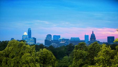 Skyline of Austin, Texas at dusk Banque d'images