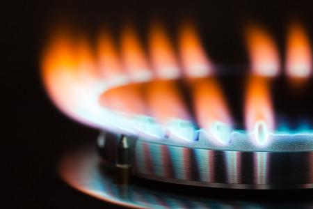 Gasverbrennung in dem Brenner der Gasherd Standard-Bild - 35292966