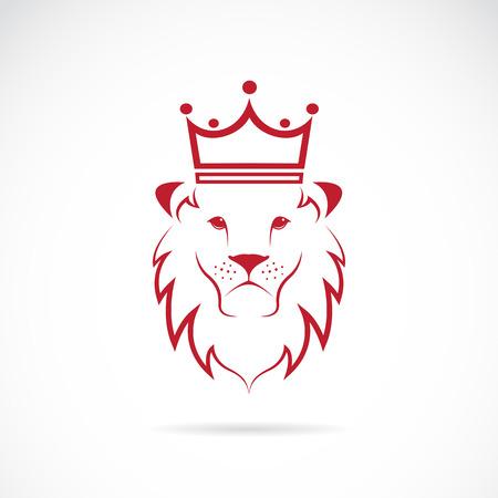 chieftain: leone incoronato su sfondo bianco Vettoriali