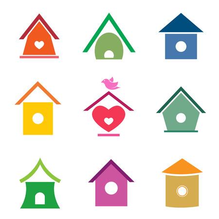 Gruppe von Vogelhäuser auf weißem Hintergrund. Standard-Bild - 29987093