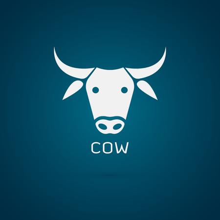 calas blancas: Imagen vectorial de un diseño de cabeza de vaca en el fondo azul Vectores