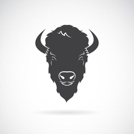 Vector van een buffels hoofdontwerp op witte achtergrond. Wilde dieren. Gemakkelijk bewerkbare gelaagde vectorillustratie.