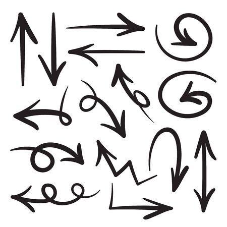 Collezione di frecce disegnate a mano in stile scarabocchio in varie direzioni e stili.