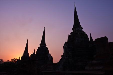 si: Stupa of Wat Phra Si Sanphet, Ayutthaya Thailand on sunset background image