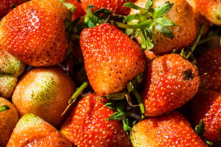 macroshot: Zoom macroshot strawberry, fresh fruit, strawberry background