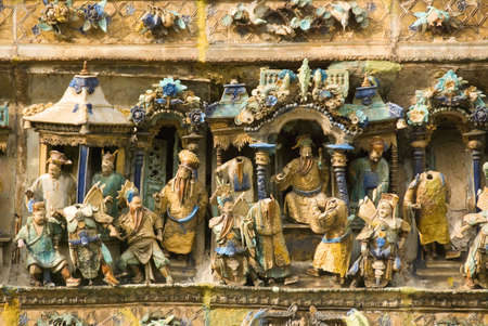 chinese temple carvings