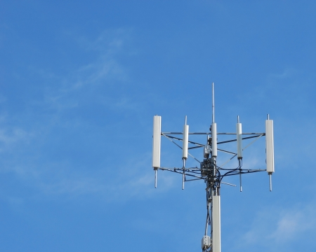 high frequency: Antennas of cellular systems