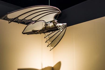 paraglider: Paraglider wooden figure